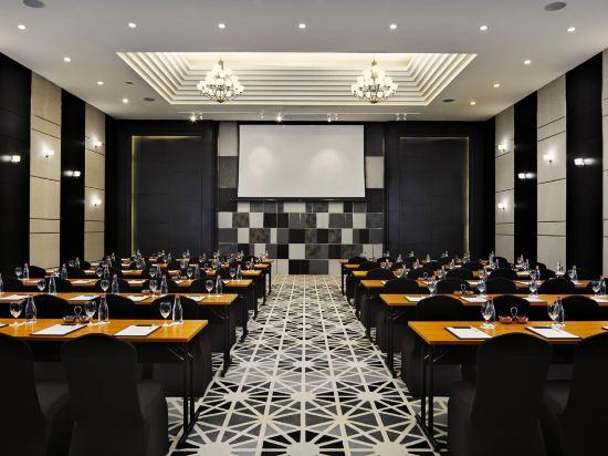 曼谷素坤逸15巷瑞享酒店(Mövenpick Hotel Sukhumvit 15 Bangkok)會議室