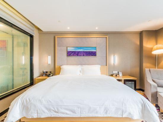 麗楓酒店(佛山順德順聯廣場店)(Lavande Hotel (Foshan Shunde Shunlian Square))豪華大床房