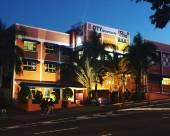 HQ城市揹包客旅館