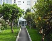 米拉迪艾爾港酒店