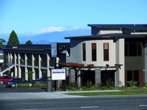 高山湖汽車旅館(Alpine Lake Motor Lodge)