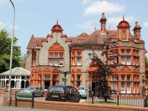 西陵敦王子大飯店(Hillingdon Prince Hotel)
