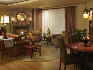 森尼維耳拉克斯珀著陸全套房酒店(Larkspur Landing Sunnyvale-An All-Suite Hotel)