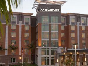 Cambria hotel & suites 邁阿密機場藍色礁湖酒店(Cambria hotel & suites Miami Airport - Blue Lagoon)