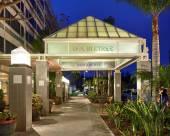 埃爾塞貢多洛杉磯國際機場希爾頓逸林酒店