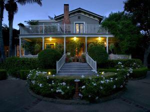 聖巴巴拉辛普森之家酒店