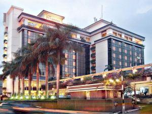 皮恩格艾諾維沙塔豪華酒店