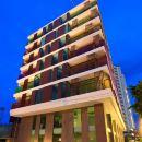 羅科華欣公寓式酒店(Rocco Hua Hin Condominium)