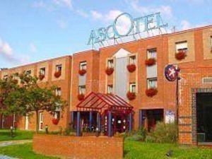 因特爾瑪卡莉莉格蘭德斯塔德阿斯克泰爾酒店(Inter-Hôtel Ascotel Macc's Lille Grand Stade)