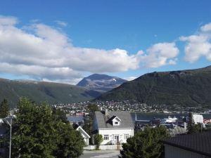特羅姆瑟床和華夫餅旅館(Bed & Waffles, Tromsø)