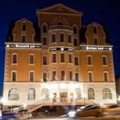 伏爾加格勒賈樂麗公園酒店