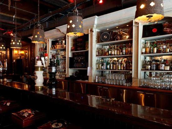 華美達温德姆華市中心酒店(Ramada Vancouver Downtown)餐廳