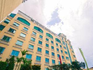 達沃皇家馬達雅酒店(The Royal Mandaya Hotel Davao)