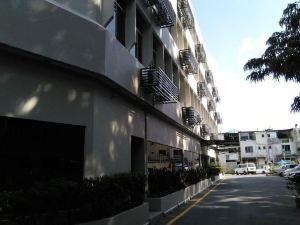 古晉特郎烏山酒店(Telang Usan Hotel Kuching)