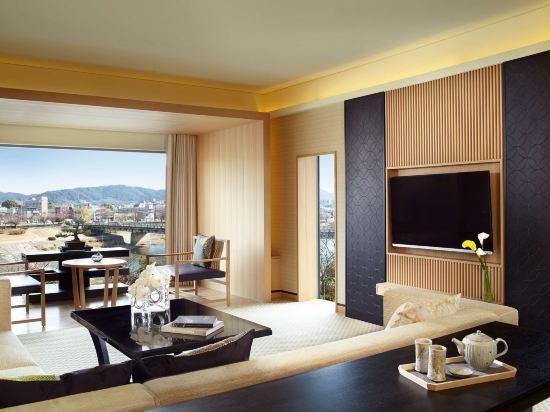 京都麗思卡爾頓酒店(The Ritz-Carlton Kyoto)鴨川套房