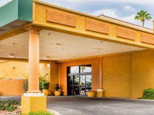 品質酒店 - 圖森機場