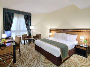 奧瑪扎茲普萊米爾酒店式公寓