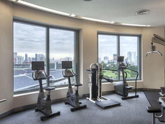 曼谷拉查丹利中心酒店(Grande Centre Point Ratchadamri Bangkok)健身房