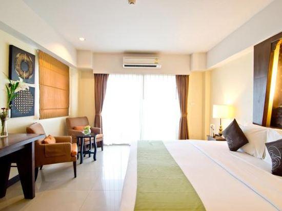 芭堤雅黃金海酒店(Golden Sea Pattaya)豪華一室房