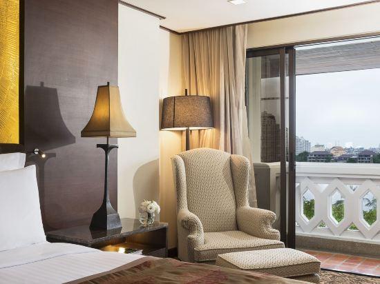 曼谷河畔安納塔拉度假酒店(Anantara Riverside Bangkok Resort)安納塔拉河畔套房