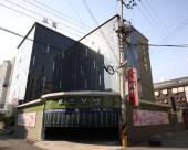 仁川玫瑰汽車旅館