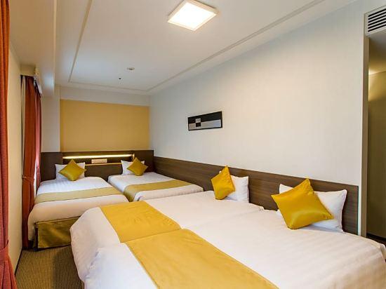 新阪急大阪附樓酒店(Hotel New Hankyu Osaka Annex)四人房