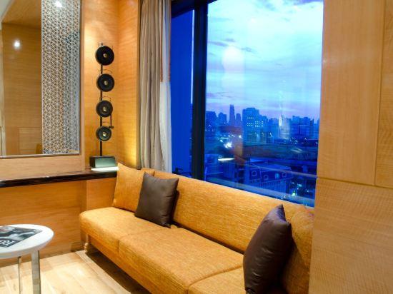 曼谷拉差阿帕森購物區萬麗酒店(Renaissance Bangkok Ratchaprasong Hotel)行政套房