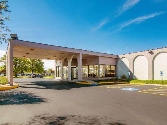 62e7888c6 北奥罗拉罗德威酒店(Rodeway Inn - North Aurora): 3.6分 (11条点评): ¥338起 距离4公里 立即预订