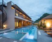 奧南塞爾滿特拉度假村和游泳池套房