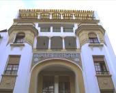 瓦盧比斯酒店