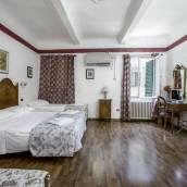 皮可羅酒店