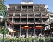 曼谷裏瓦蘇里亞酒店