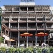 曼谷里瓦蘇里亞酒店