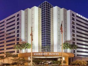聖迭戈拉霍拉尊盛酒店(Embassy Suites San Diego-La Jolla)