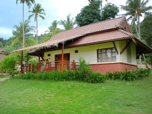 象島艾雅普拉度假酒店