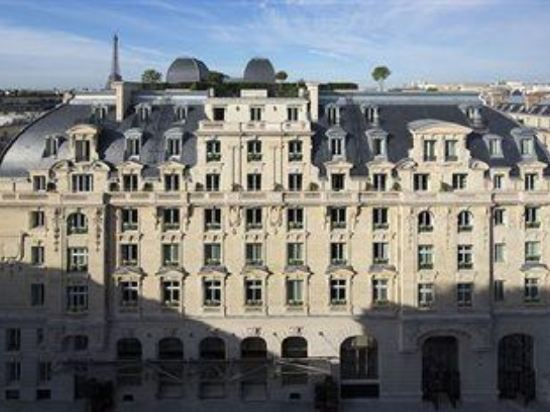 巴黎半島酒店(Hotel the Peninsula Paris)外觀