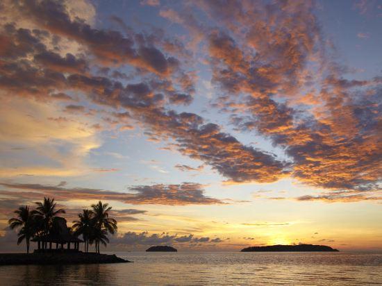 哥打京那巴魯香格里拉丹絨亞路酒店(Shangri-La's Tanjung Aru Resort & Spa Kota Kinabalu)基納巴盧樓俱樂部海景房