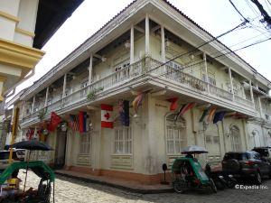 馬尼拉中市白騎士飯店