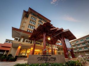 清萊皮亞普亭酒店(Piyaporn Pavilion Hotel  Chiang Rai)