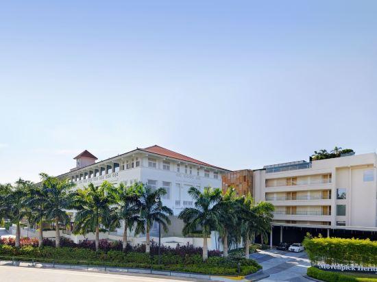 新加坡聖淘沙艾美酒店(Le Méridien Sentosa Singapore)外觀