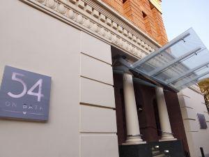 54翁巴斯酒店