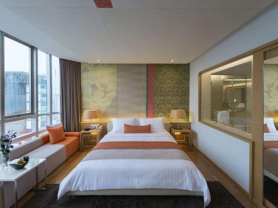 曼谷帕色哇公主酒店(Pathumwan Princess Hotel)豪華房