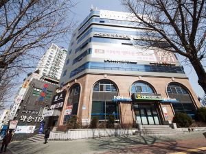 梨大 首爾大旅館(Seoul Grand Hostel Ewha Univ)