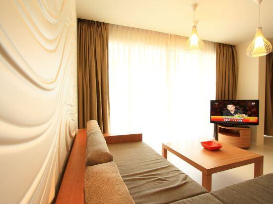 G華欣度假酒店及購物中心(G Hua Hin Resort & Mall)按摩浴缸水療套房