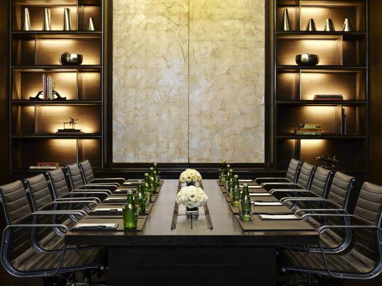 曼谷撒通維斯塔萬豪行政公寓(Sathorn Vista, Bangkok - Marriott Executive Apartments)會議室