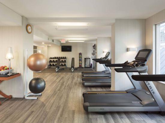 温哥華市中心萬豪德爾塔酒店(Delta Hotels by Marriott Vancouver Downtown Suites)健身房