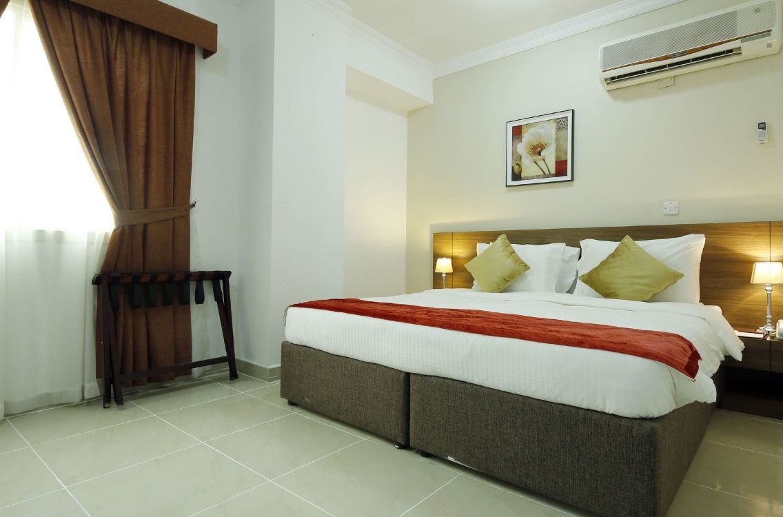 La Villa Inn, Hotel reviews and Room rates