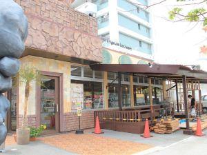沖繩喜璃愈志度假公寓MEZON MAX(Kariyushi Condominium Resort Okinawa Mezon Max)