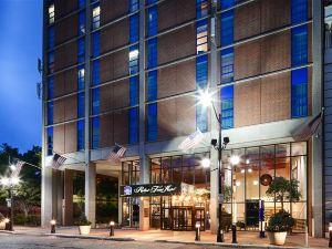 羅伯特貝斯特韋斯特服務酒店(Best Western Robert Treat Hotel)