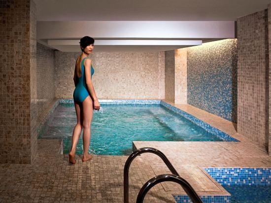吉隆坡輝盛國際公寓(Fraser Place Kuala Lumpur)室內游泳池